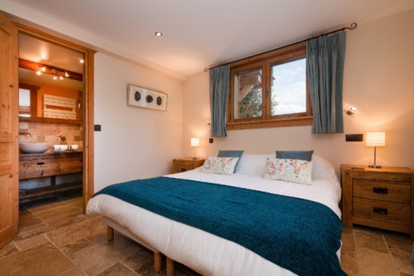Fourth bedroom with ensuite bathroom